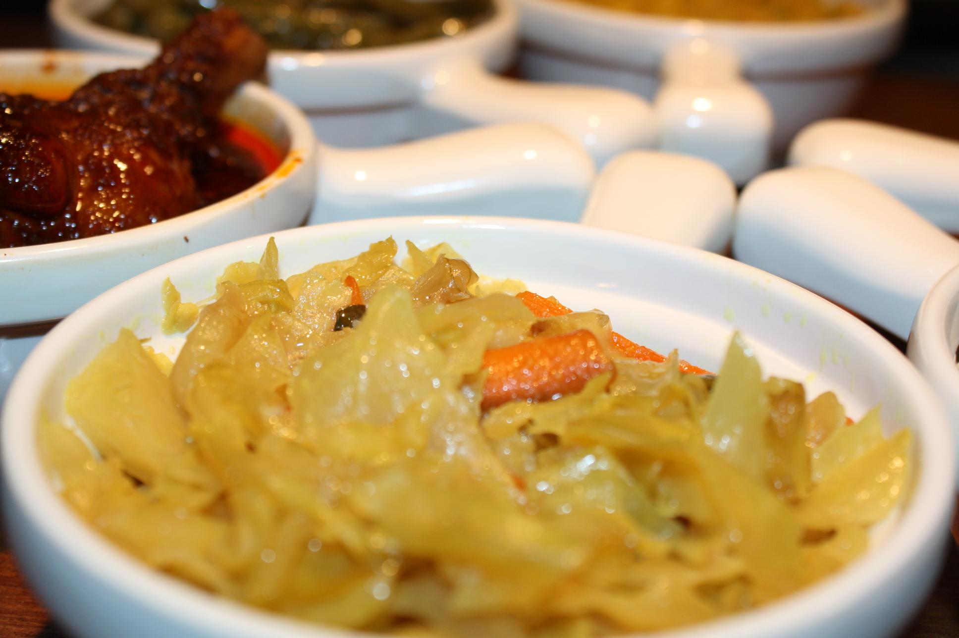 ጥቅል ጎመን Tikil Gomen Atkilt Wot ጥቅል ጎመን TiQil GoMen @ Benyam Ethiopian Cuisine